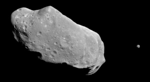 Asteroid Ida and its moon.  Image credit: NASA/JPL.